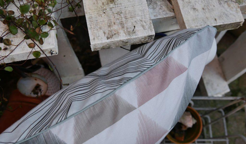 Sofakissen 40x40 selbstgenäht Stoff von Stoff & Stil Endlosreißverschluss von Snaply