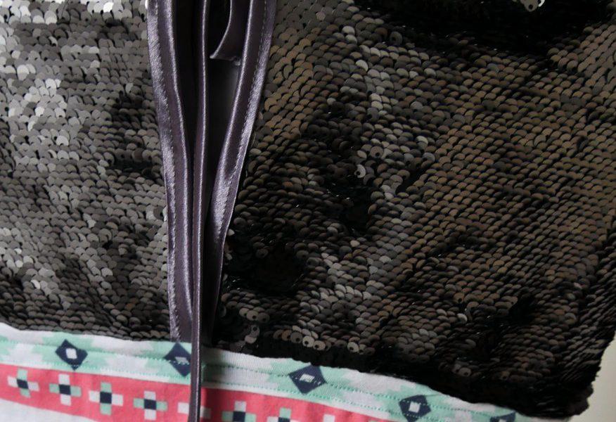 Jumpsuit Julika aus Jersey (Art Gallary Fabrics) und Oberteil aus Doppel-Pailletten-Stoff