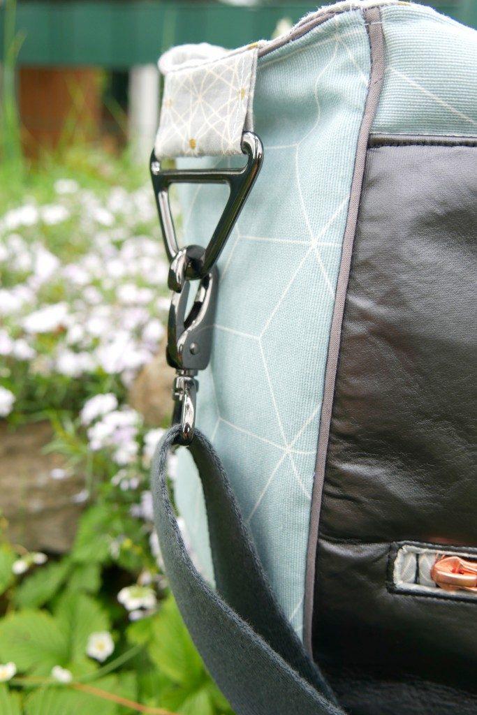 Handtasche Anouk von Frau Fadenschein D-Ringe und Taschenkarabiner von Snaply