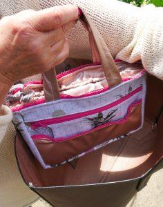 Taschen-Organizer Hedi von Frau Fadenschein SM in ihrem neuen Buch 1 Frau 16 Handtaschen mit Kordelverschluss